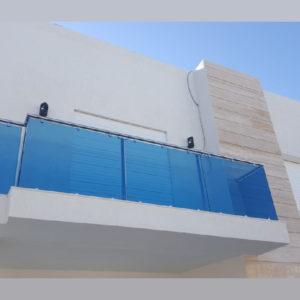 garde-corps-balcon-inox-verre-colore-sousse-tunisie